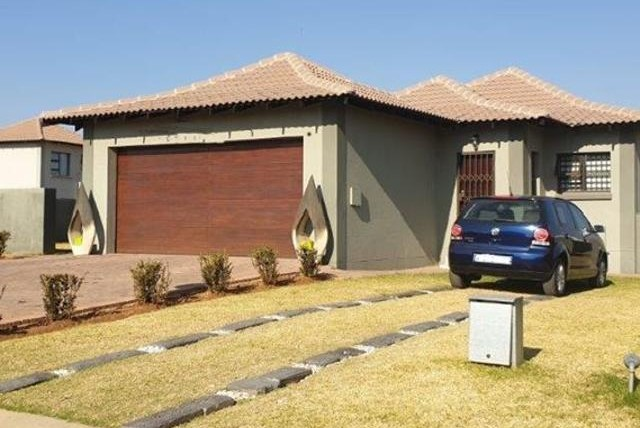Houses for sale in Unitas Park, Vereeniging | New Developments, Standalone and Security Complexes